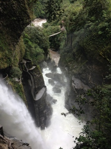 The Devil's Cauldron, Baños